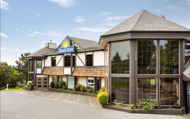 Отель Days Inn by Wyndham Victoria Uptown Канада, Виктория - отзывы, цены и фото номеров - забронировать отель Days Inn by Wyndham Victoria Uptown онлайн вид на фасад