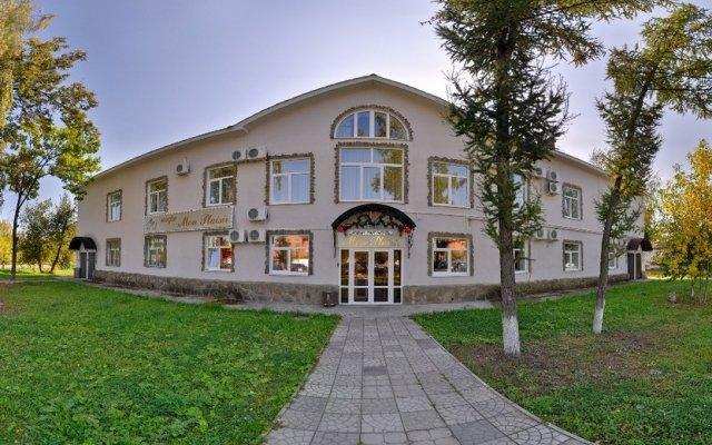 Гостиница Мон Плезир Химки вид на фасад
