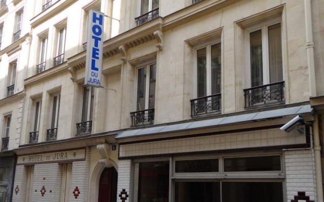 Отель Hôtel du Jura вид на фасад