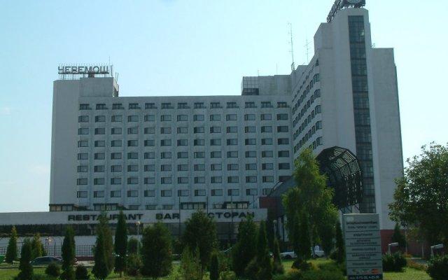 Гостиница «Черемош» вид на фасад