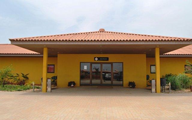 Viana Hotel парковка