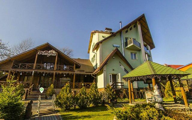 Гостиница Laguna Украина, Сколе - отзывы, цены и фото номеров - забронировать гостиницу Laguna онлайн вид на фасад