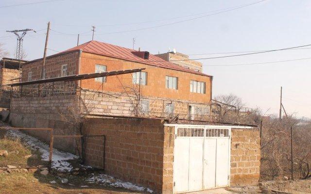 Отель Old Ashtarak вид на фасад