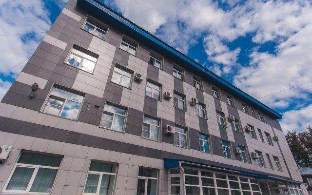 Гостиница Бизнес-Турист вид на фасад