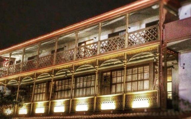 Отель Rasta вид на фасад