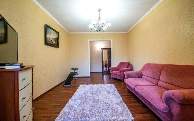 Отель Goodapart On Krasnaya 33 Краснодар комната для гостей
