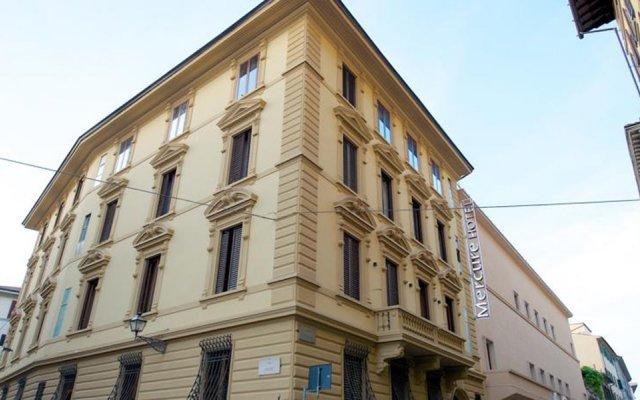 Отель Mercure Firenze Centro вид на фасад