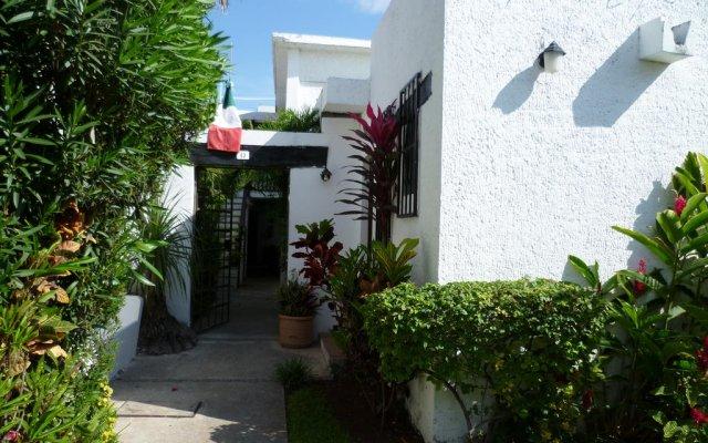 Отель Hostal Haina Мексика, Канкун - отзывы, цены и фото номеров - забронировать отель Hostal Haina онлайн вид на фасад