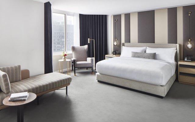 Отель Conrad New York Midtown комната для гостей