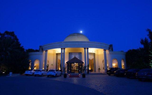 Отель Africa Jade Thalasso вид на фасад