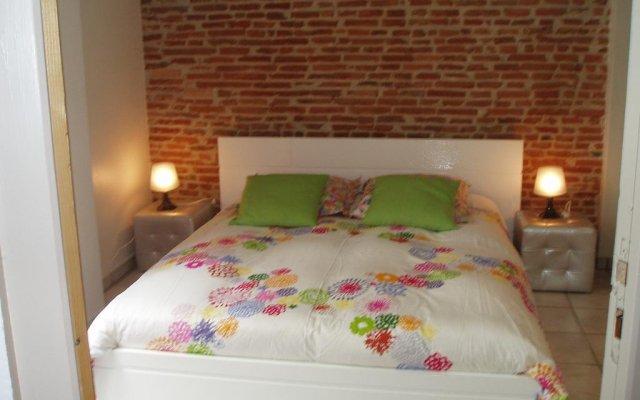 Отель Appartements Quai St Pierre Франция, Тулуза - отзывы, цены и фото номеров - забронировать отель Appartements Quai St Pierre онлайн комната для гостей