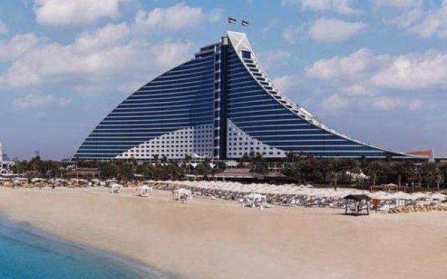 Отель Jumeirah Beach Дубай пляж