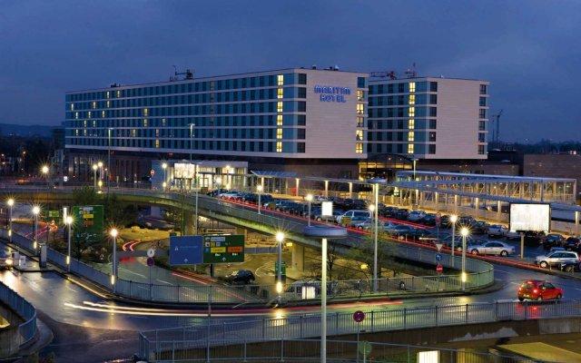 Maritim Hotel Düsseldorf вид на фасад