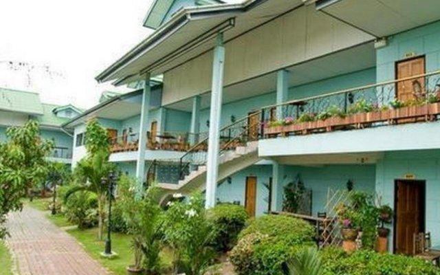 Отель Tacoma Garden Airport Lodge Бангкок