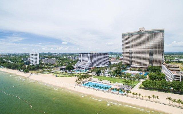Отель Ambassador City Jomtien Pattaya (Garden Wing) На Чом Тхиан бассейн