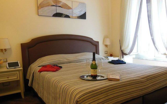 Отель Locanda Colosseo Рим комната для гостей