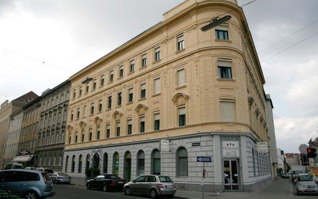 Отель Riede Австрия, Вена - отзывы, цены и фото номеров - забронировать отель Riede онлайн вид на фасад