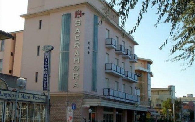 Hotel Sacramora вид на фасад
