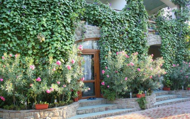 Гостевой дом Бунгало у Романа вид на фасад