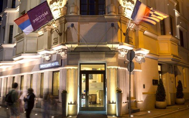 Отель Mercure Belgrade Excelsior Сербия, Белград - 3 отзыва об отеле, цены и фото номеров - забронировать отель Mercure Belgrade Excelsior онлайн вид на фасад