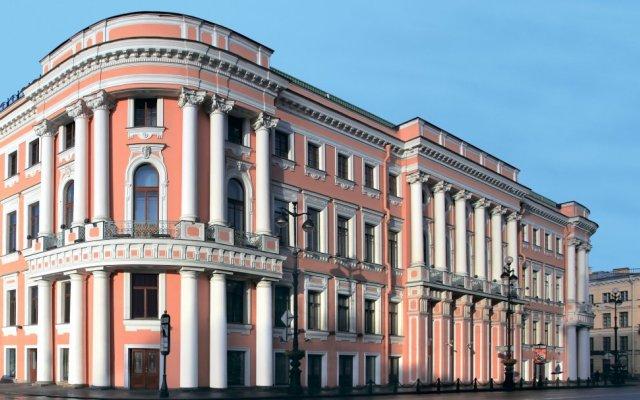 Талион Империал Отель вид на фасад