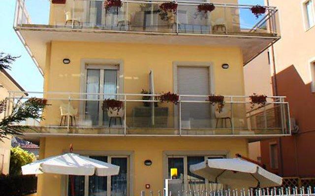 Отель Bel Mare Римини балкон