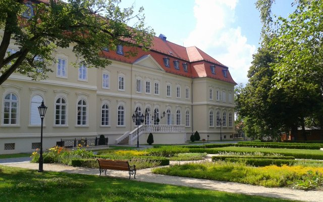 Отель La Contessa Castle Hotel Венгрия, Силвашварад - отзывы, цены и фото номеров - забронировать отель La Contessa Castle Hotel онлайн вид на фасад