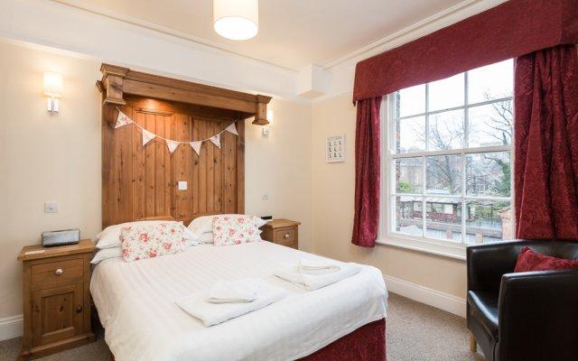 Отель Airden House комната для гостей