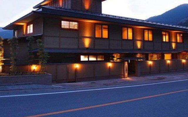 Отель Sensaian Sansui Фудзиока вид на фасад