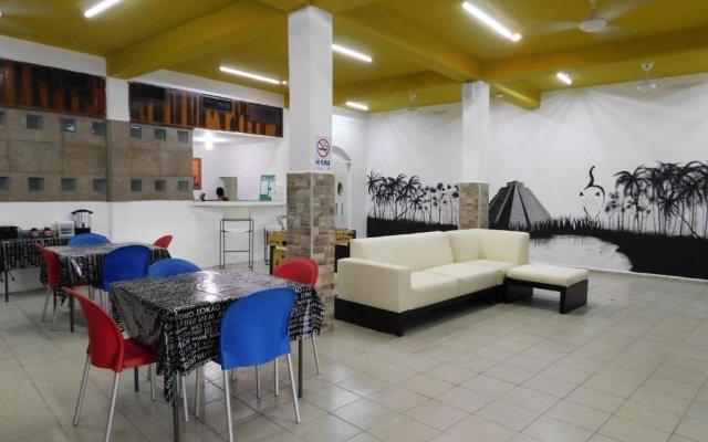 Отель La Casa del Gato Мексика, Канкун - отзывы, цены и фото номеров - забронировать отель La Casa del Gato онлайн вид на фасад