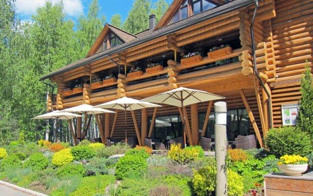 Гостиница Ekootel Romanov Les в Лунево 4 отзыва об отеле, цены и фото номеров - забронировать гостиницу Ekootel Romanov Les онлайн вид на фасад