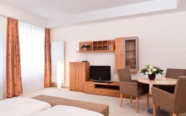Отель Aparthotel Neumarkt удобства в номере