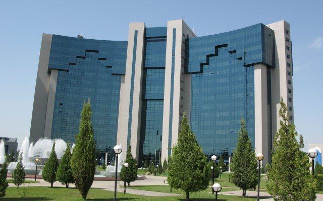 International Hotel (Ташкент) вид на фасад