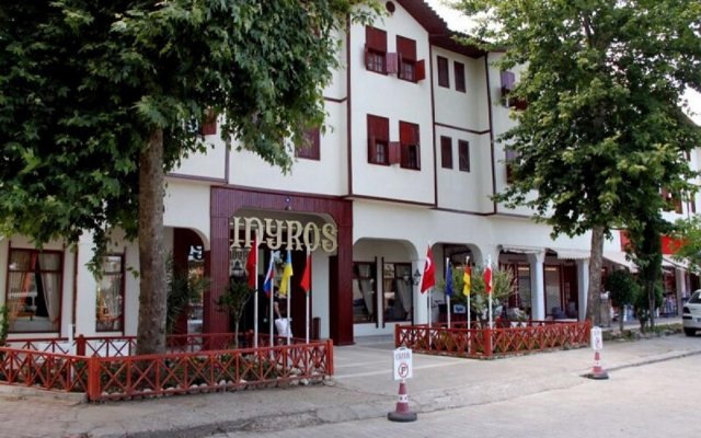 Idyros Hotel вид на фасад