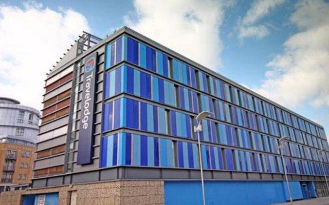 Отель Travelodge Hatfield Central вид на фасад