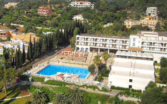 Отель Magna Graecia Palace бассейн