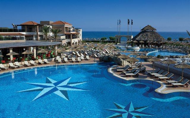 Отель Atlantica Sensatori Resort Crete бассейн