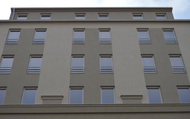 Hotel Aréna вид на фасад