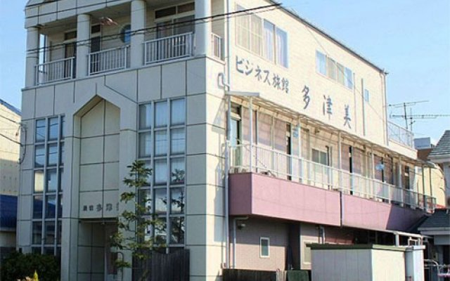 Отель Business Ryokan Tatsumi Минамиавадзи вид на фасад