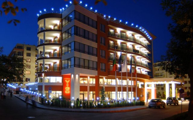 Apart-hotel Vigo Beach вид на фасад