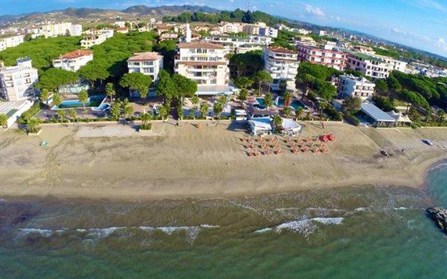 Отель Resort Fafa Албания, Голем - отзывы, цены и фото номеров - забронировать отель Resort Fafa онлайн пляж