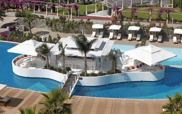Отель Sianji Well-Being Resort бассейн