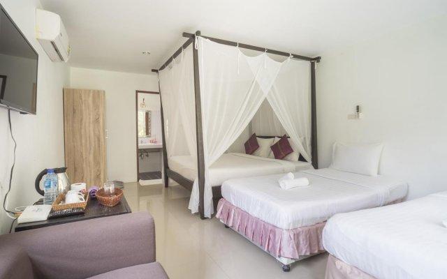 Отель Baan Mai Beachfront Phuket (Lone Island) Таиланд, Пхукет - отзывы, цены и фото номеров - забронировать отель Baan Mai Beachfront Phuket (Lone Island) онлайн комната для гостей