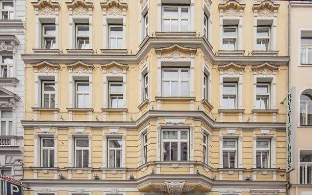 Hotel Rathaus - Wein & Design вид на фасад