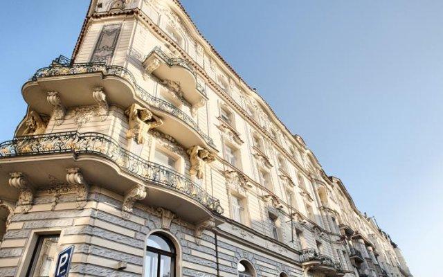 Отель Residence Brehova Прага вид на фасад