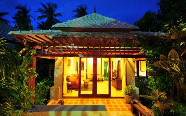 Отель Bhumlapa Garden Resort Таиланд, Самуи - отзывы, цены и фото номеров - забронировать отель Bhumlapa Garden Resort онлайн вид на фасад