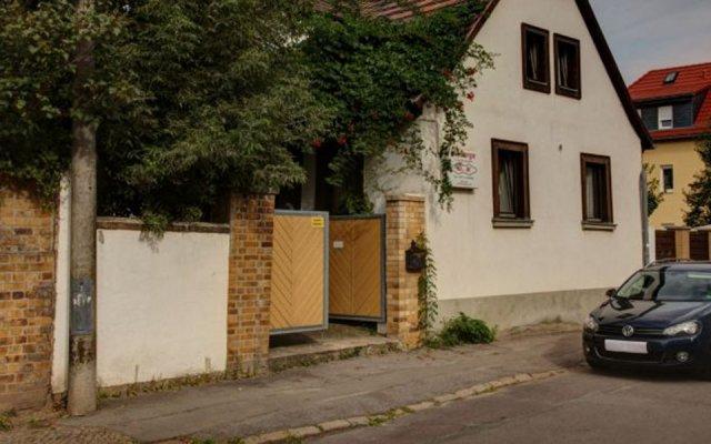 Отель Herberge In Der Buttergasse Германия, Лейпциг - отзывы, цены и фото номеров - забронировать отель Herberge In Der Buttergasse онлайн парковка