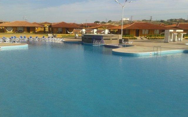 Отель Ramada Isla De Margarita бассейн