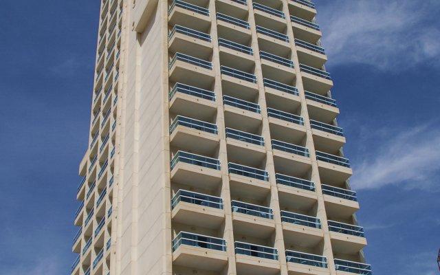 Hotel RH Victoria Benidorm вид на фасад