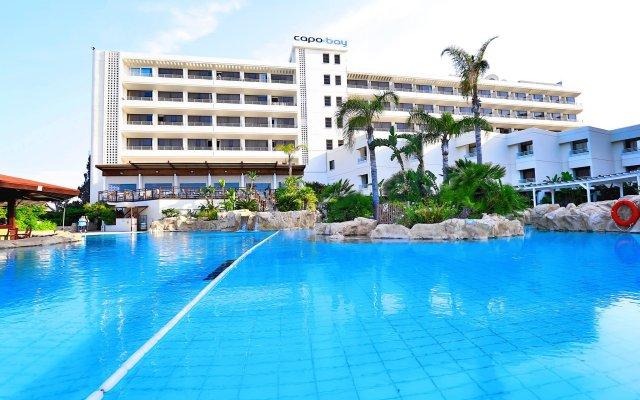 Capo Bay Hotel Протарас вид на фасад